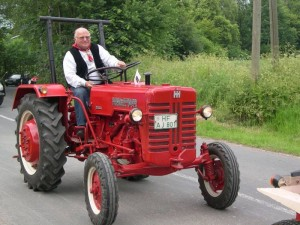 Farmall D324, Bj. 1960 - Willi Sewing
